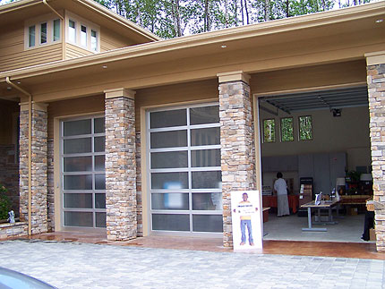 2007 seattle street of dreams info northwest eddy for How tall is a garage door